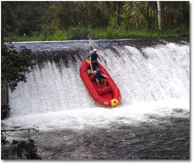 バリ島 トラガワジャ川の景色