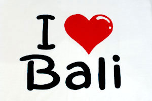 I ラブ BALI Tシャツ2