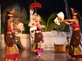 クマンギ ダンス