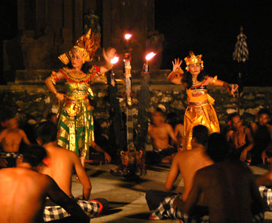 バリ島 タナロット ケチャックダンス 写真