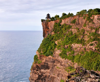 バリ島 ウルワツ寺院写真