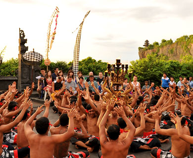 バリ島 ケチャックダンス写真