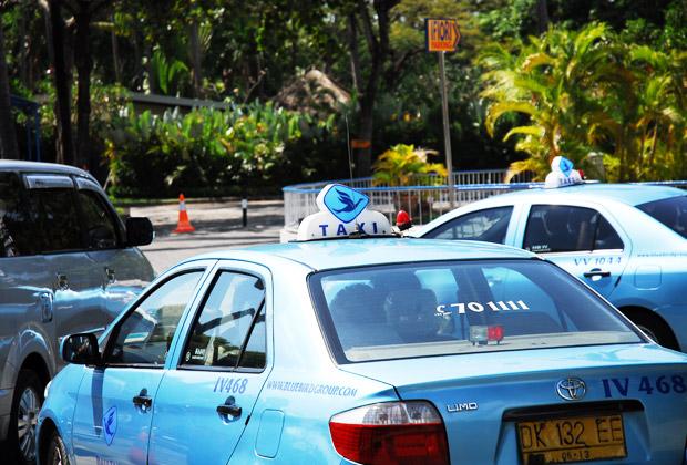 バリ島内の交通