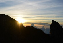 バリ島 観光Telaga Waja Adventures Sunrise Trekking at Mt. Agun