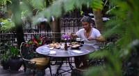 2014年10月17日、バリ島タナロット帰りにヴィンテージな空間でラテンアメリカ・南米・地中海料理が食べられる、ラ·ファヴェーラ【La Favela】を取材してきました。こちらラクスマナ・オベロイ通り(Jalan Kay...