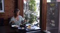 2014年10月17日、バリ島タナロット帰りに洗練されたフランス料理にひねりがきいたアジアン創作料理が食べられる、テアトロ・ガストロテック【TEATRO-Gastroteque】を取材してきました。こちらラクスマナ・...