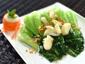 青菜のニンニク炒め