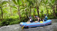 2013年4月12日、トラガワジャ川にあるトラガワジャ・アドベンチャーズ社でラフティング体験に行ってきました~!トラガワジャ川の有名ポイント「4mの落差」や全長12km以上のロングコースが楽しめ、ラフティング本来の楽しさ...