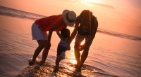 """ヒロチャングループ専属カメラマンのクマッチです。 2014年5月2日。 本日のお客様は小さなお子様連れのご夫婦。 バリ島の中で特にお洒落なスポット、スミニャック地区での撮影でした。 """"満足4時間フォトプラン&..."""