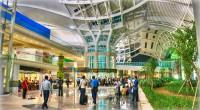 ヒロチャングループ専属カメラマンのクマッチです。 2013年9月19日、長い間工事中だった空港ターミナルがついにオープンしたとの情報を聞きつけ、急遽撮影&レポートに行ってまいりました。 ※追記情報(ガルーダWEBより) ...