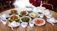 ジンバランにある世界的にも人気の陶器ジェンガラケラミックの本店近くに美味しい中華料理のお店が出来たとの情報を得て、2013年7月4日にお食事してきました。  場所はジンバランのジェンガラケラミックの近くで、ク...