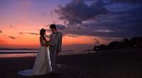 """ヒロチャングループ専属カメラマンのクマッチです。 2014年6月7日。 この日の夕方にスミニャックにあるビーチへ撮影へ行ってきました。 フィリピンのマニラ,、北海道の釧路に並びここバリ島は""""世界三大夕日スポット""""として有..."""