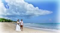 ヒロチャングループ専属カメラマンのクマッチです。 2014年4月22日。 この日、格安フォトウェディングフォトプランの撮影がありました。 場所はクタビーチ! お天気にも恵まれ。青い空が気持ちのいい撮影日よりとなりました。...