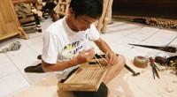 文化と芸術の島とも呼ばれているバリ島。芸術の村、ウブドを中心に世界各国から多くの有名な芸術家たちが移住しています。そんなバリ島には一流の芸術を身近に感じながら育ってきた多くの職人たちがいます。幼い頃から長年培ってきたその...
