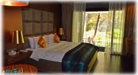 """2013年8月15日(木)、ヌサドゥアのタマンムンブルという住宅地にある、全室スイートルームのアマロッサスイートホテルにお邪魔しました。 今回取材してきたのは、バリ島最終日に素敵なプラン""""デイユーズプランです。 アマロッ..."""